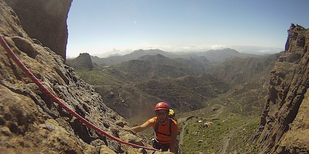 Long climbing routes in Gran Canaria